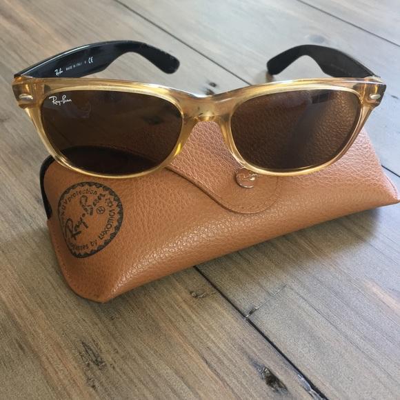 9b39619ad28 Authentic Ray Ban Sunglasses New Wayfarer Honey.  M 5b894ce11b16dbe7480e9ca5. Other Accessories ...